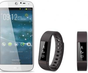 HTC Neo Wearable Bracelet Looks Like It Stepped Out of ...
