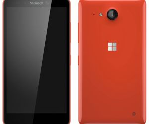 Lenovo to Launch Windows Phone After Blasting Microsoft for