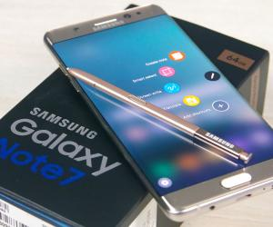 Alleged Samsung Galaxy Note 8 Press Render Leaks