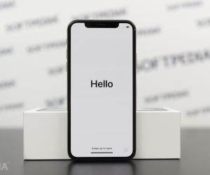 Hackers Discover iPhone X Bug Exposing Files, Including Deleted Photos