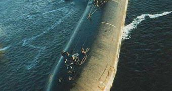 How Does the World's Largest Nuclear Submarine Work?