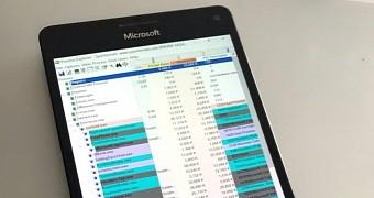 Microsoft Showcases Sysinternals Tools Running on a Windows
