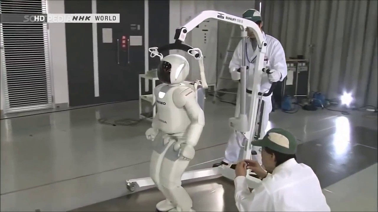 Asimo, Most Advanced Humanoid Robot, Is Being Programmed