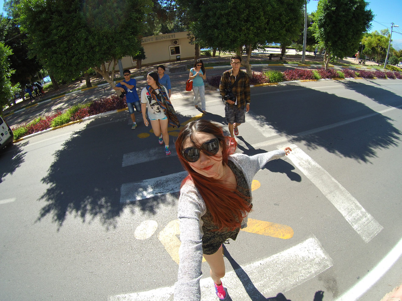 Xiaomi Mi Pro Action Camera Photo Sample Of Friends Taking A Selfie