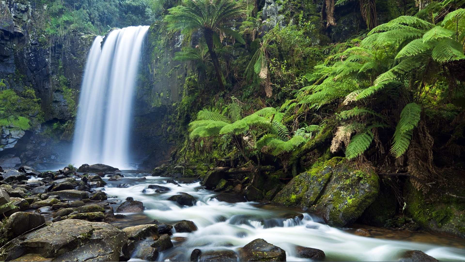 download waterfalls rocks or candlelight themes to personalize