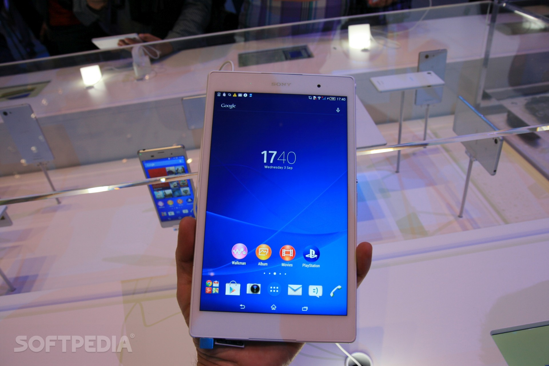 Hands On Sony Xperia Z3 Tablet Compact Is Quite Cute And Portable Seken