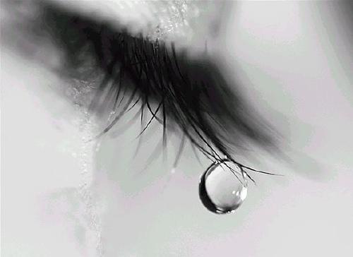 Cõi Mưa How-Tears-Work-2