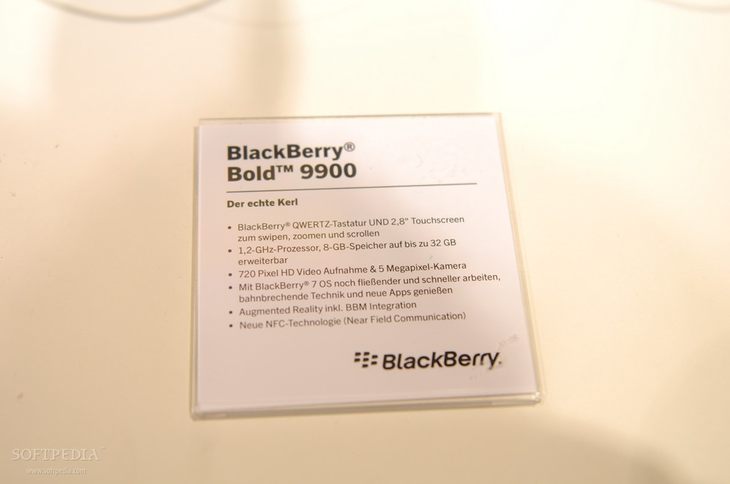 IFA 2011: BlackBerry Bold 9900 Hands-On