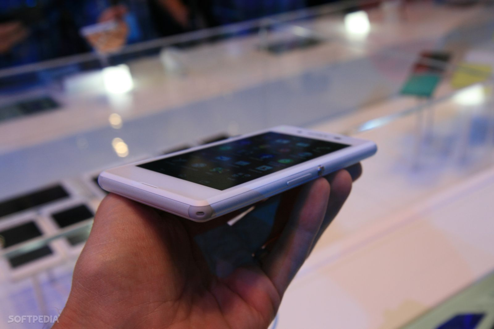 IFA 2014: Sony Announces the Affordable Xperia E3 with LTE ...