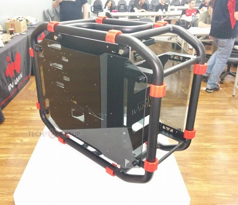 In Win D-Frame Chassis Is Completely See-Through