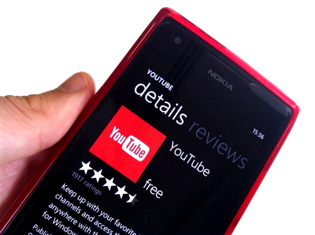 Metrotube youtube client returns to windows phone as a free app.