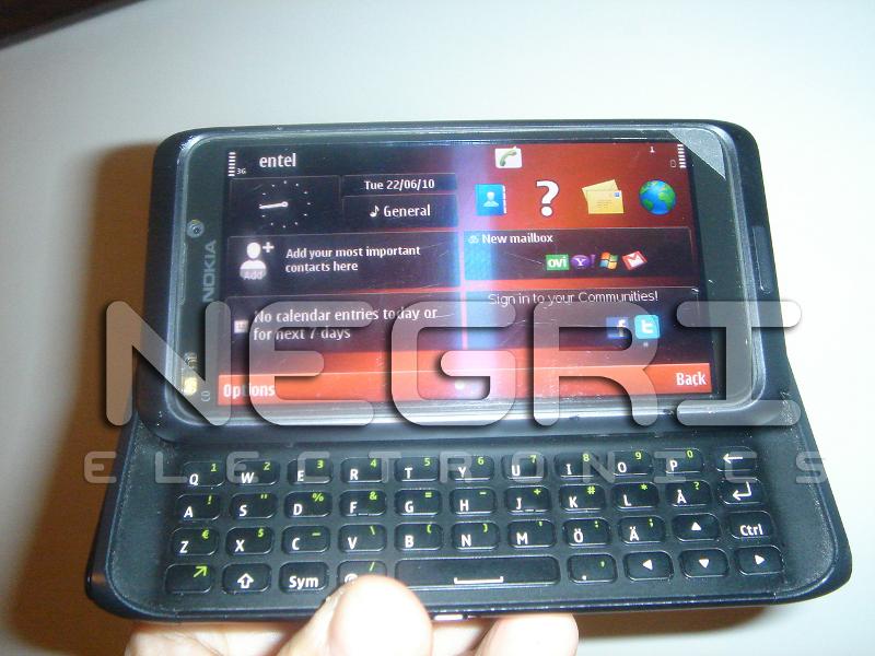 Nokia N9 Live Photos Emerge
