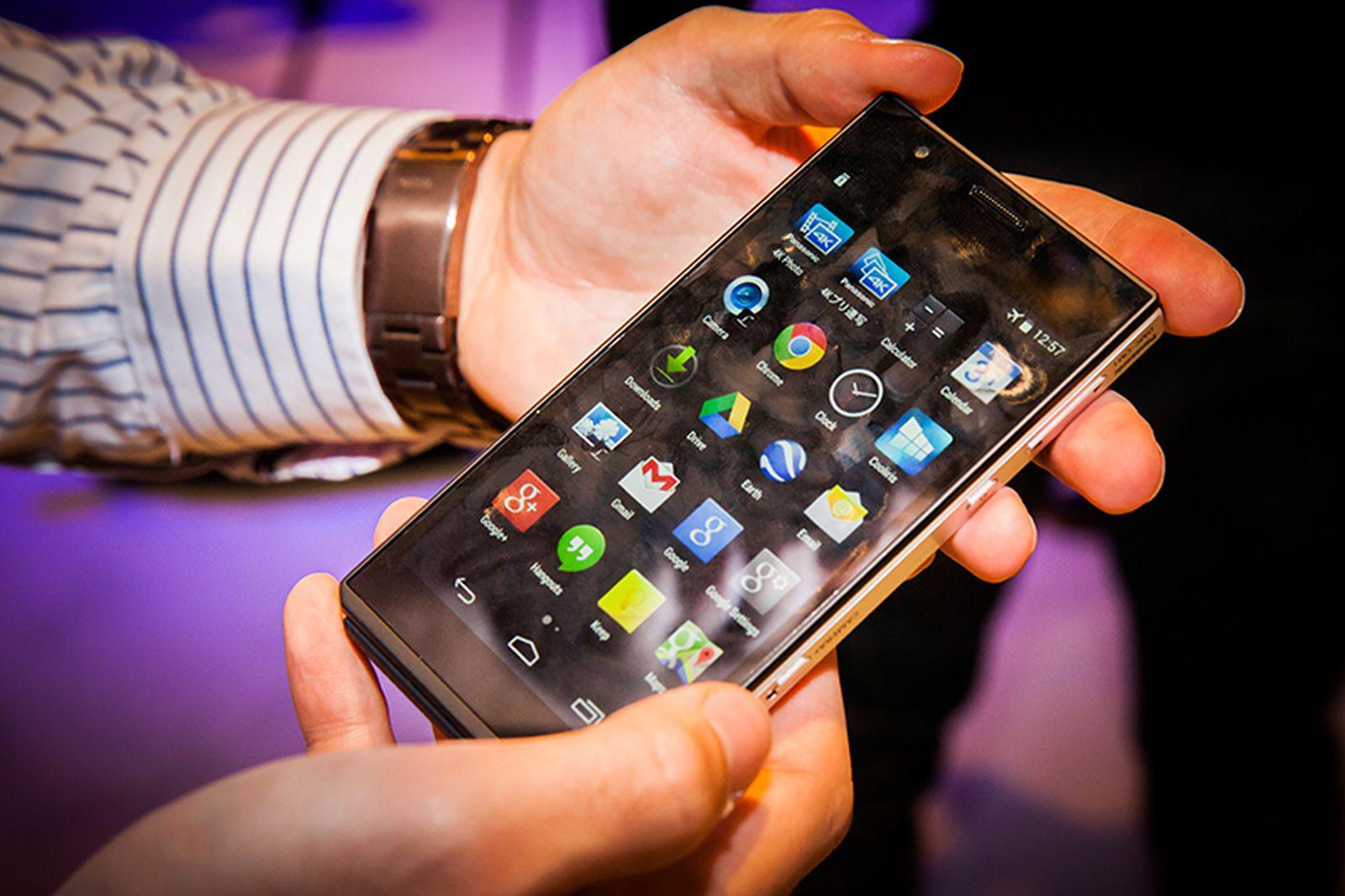 Panasonic DMC-CM1 Receives Android 5 0 Lollipop - Download Firmware