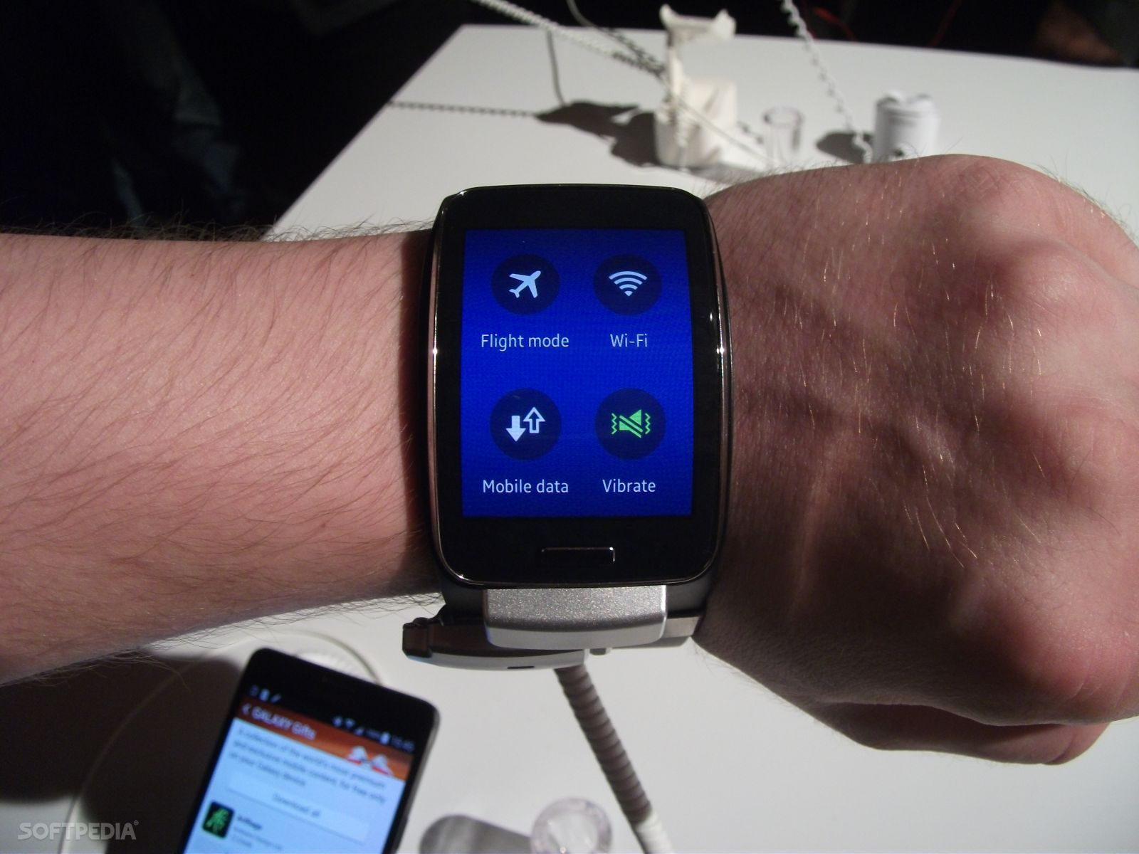 Samsung Gear S Secrets Explained by This Cool Infographic