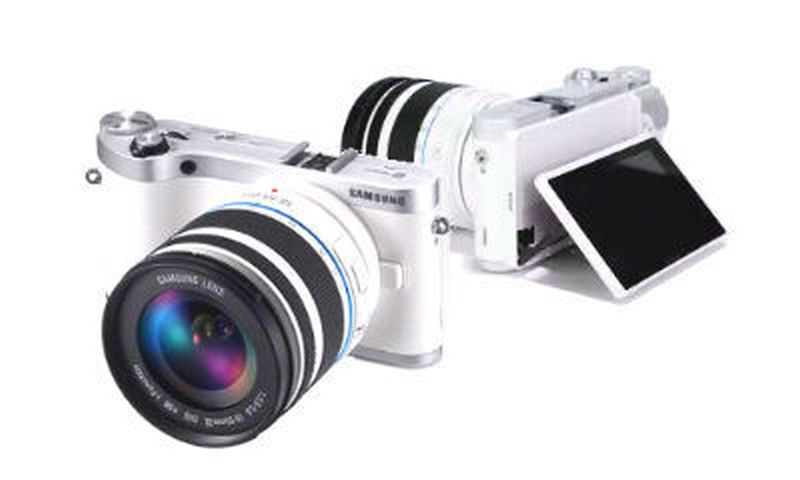 Samsung Updates Firmware for Its NX300, NX300M, and NX2000