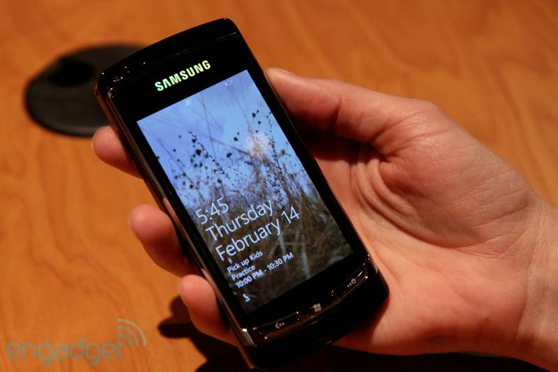 Windows Phone 7 Prototype Gets Handled