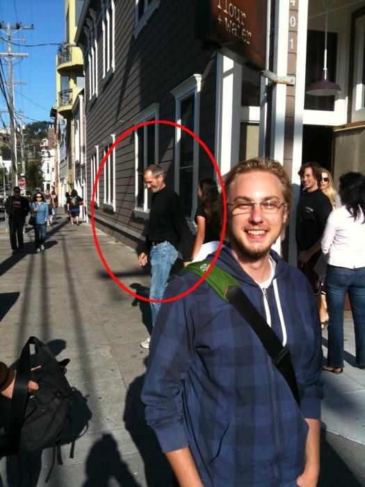Le Ceo Steve Jobs Leaving Flour Water An Intalian Restaurant In San Francisco