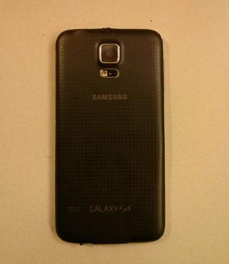 T-Mobile Samsung Galaxy S5 Catches on Fire While Merely ...