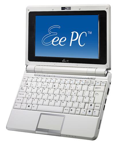 Asus EEE PC 900 running Windows 7 Ultimate Lite …