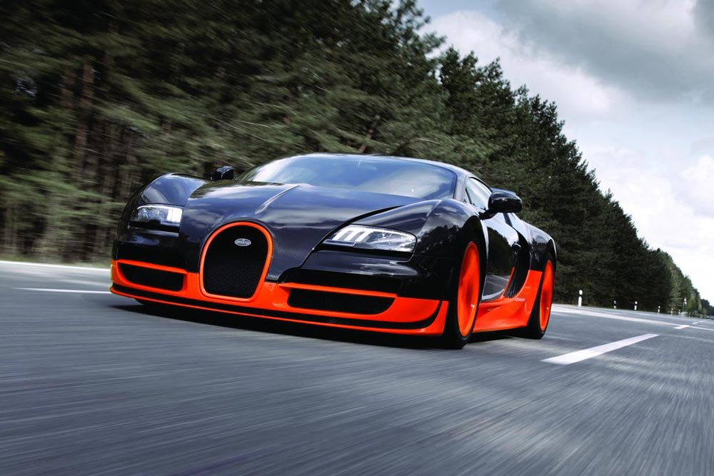 Superb Bugatti Veyron Super Sport