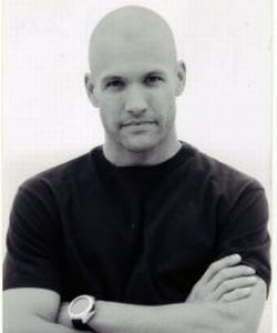why do guys go bald