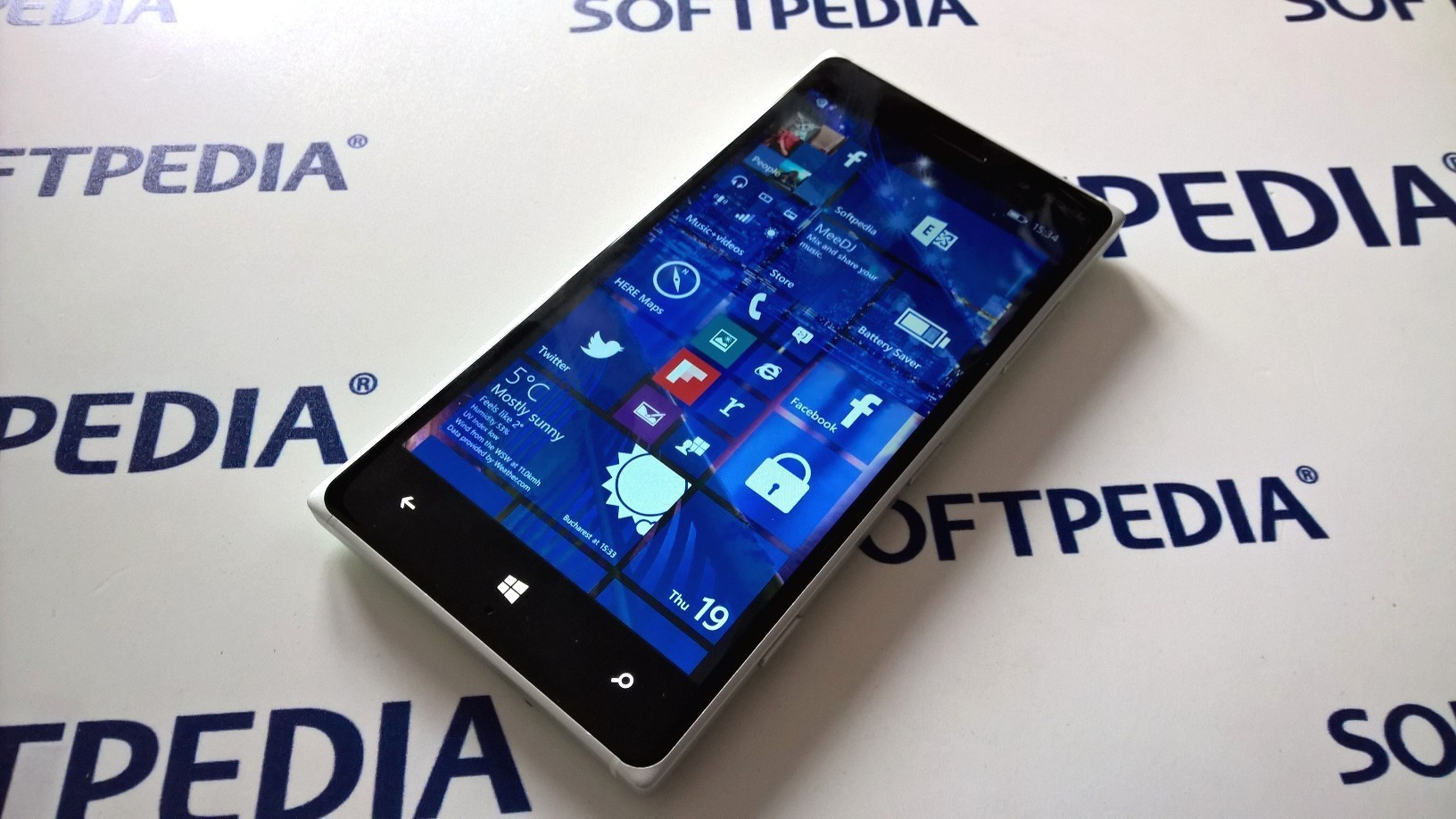 Windows 10 Mobile Build 10136 Now Available for Download