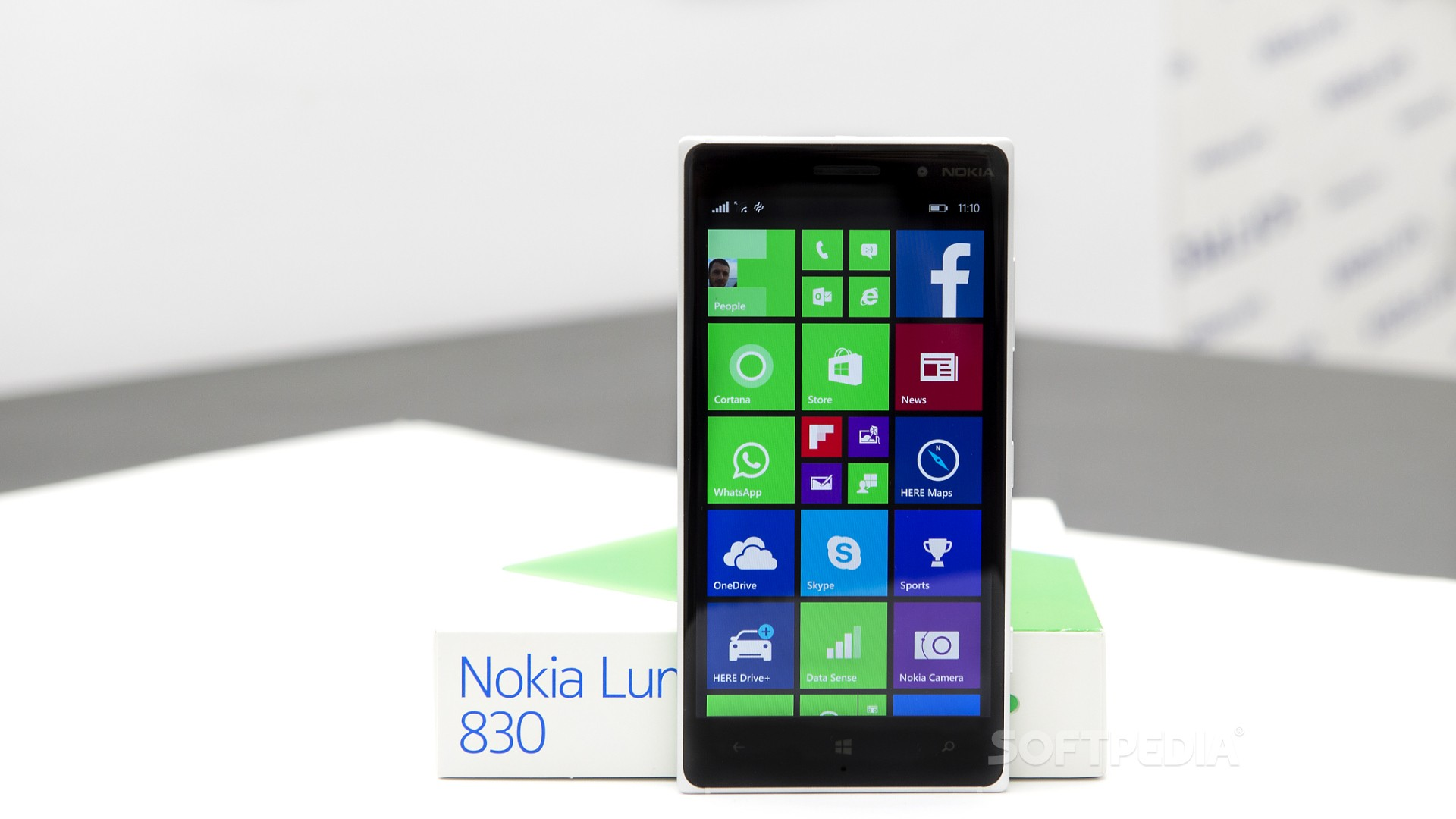 Lumia 830 Is One Of The Devices That Can Run Android S