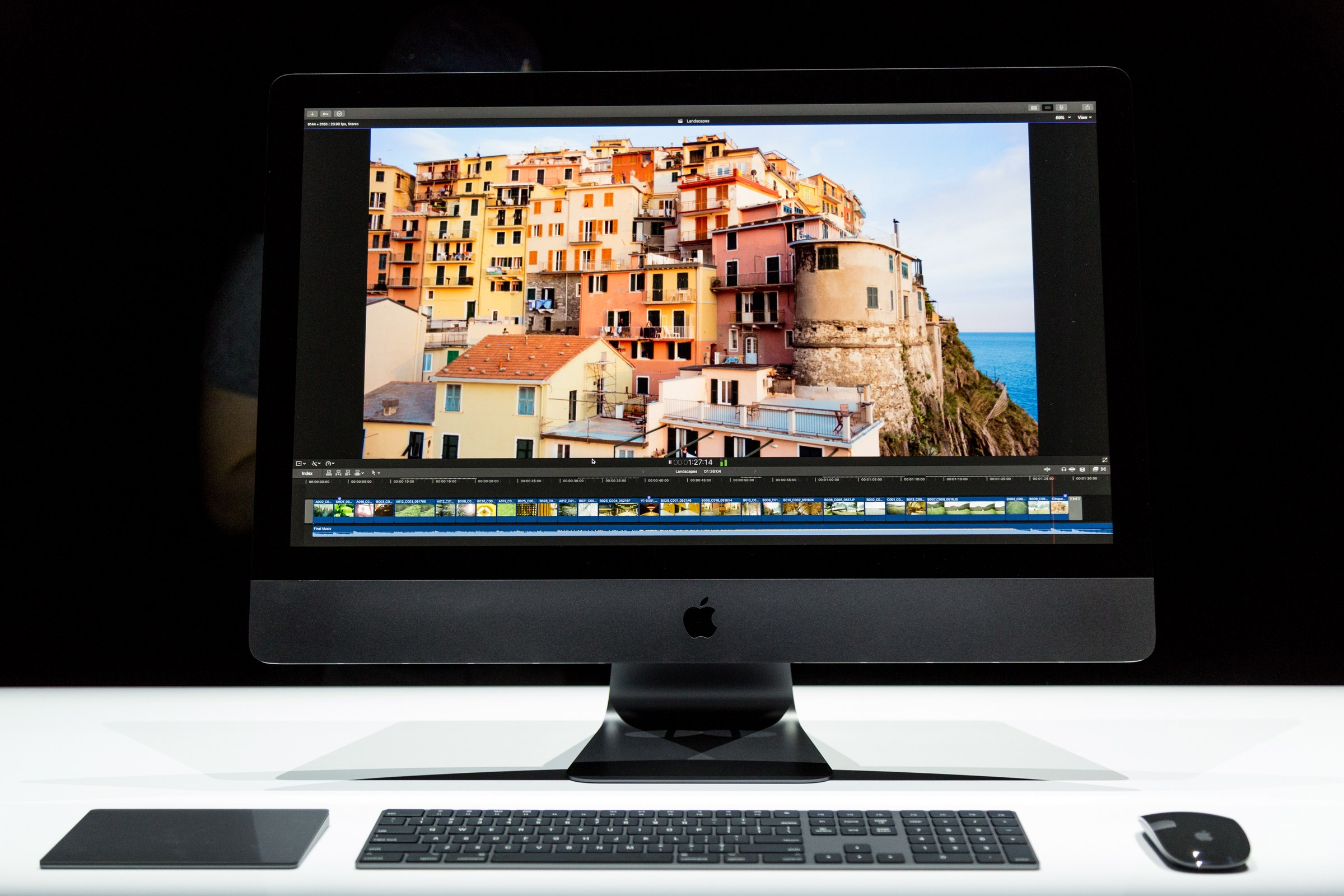"""Apple Bringing """"Hey Siri"""" to the iMac Pro with Tweaked iPhone 7 Chip"""