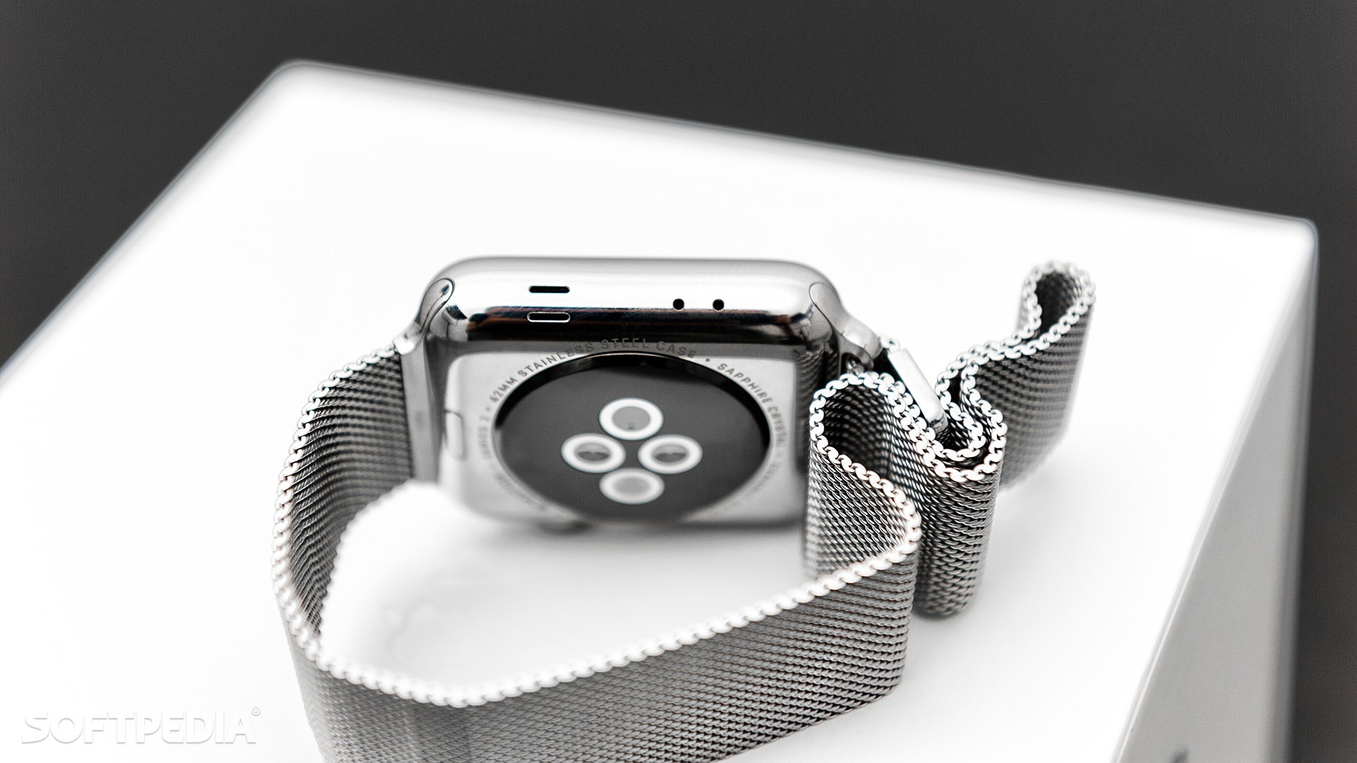 Apple Watch to use a microLED display