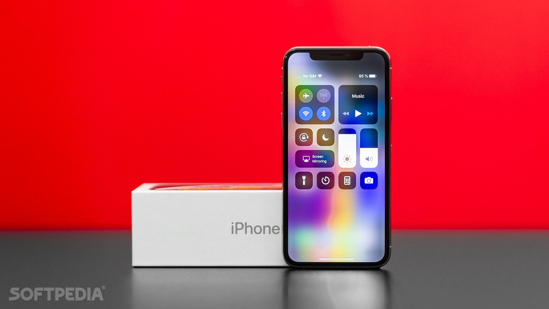 Apple reportedly cuts iPhone production by 10 percent for first quarter