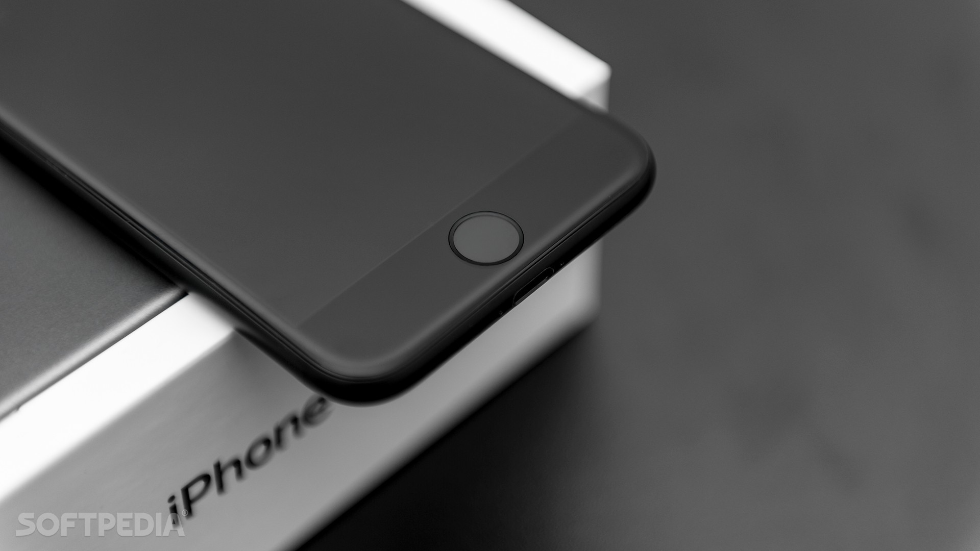 Apple Might Still Be Planning an iPhone with Fingerprint Sensor in