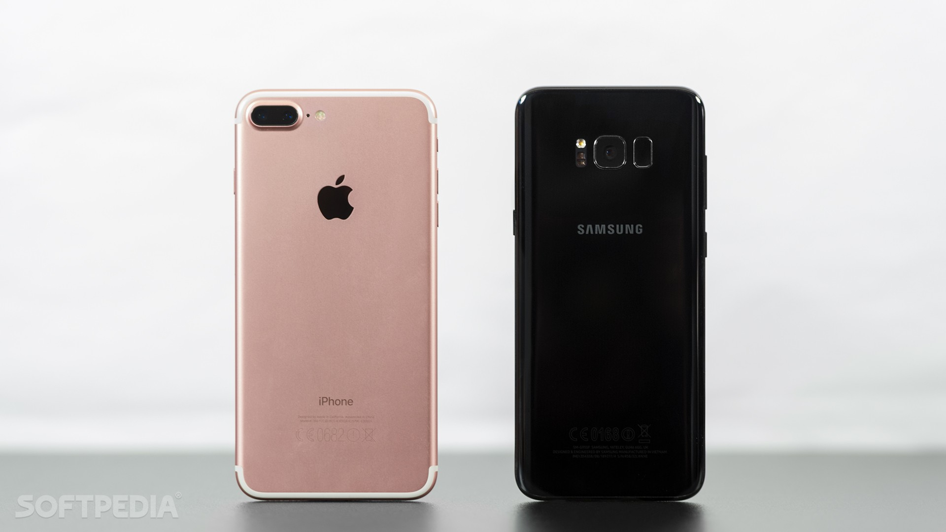 Samsung Galaxy S8 And Iphone 7 Plus