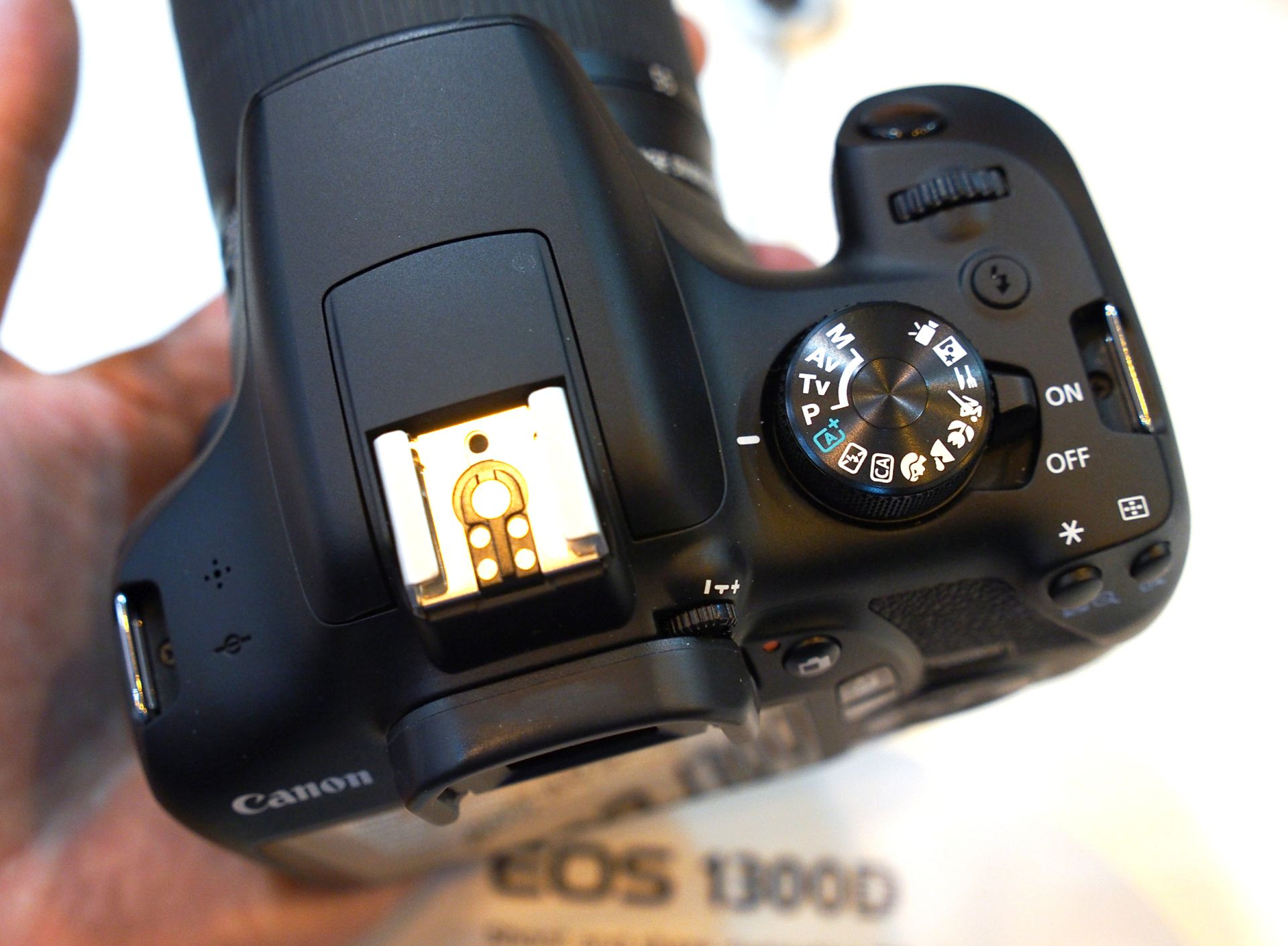 Canon Updates Firmware for Several EOS Digital Cameras