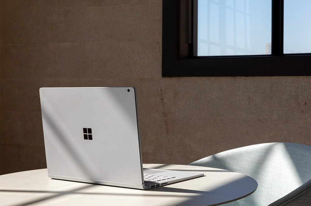 Micrsoft Surface Book 3