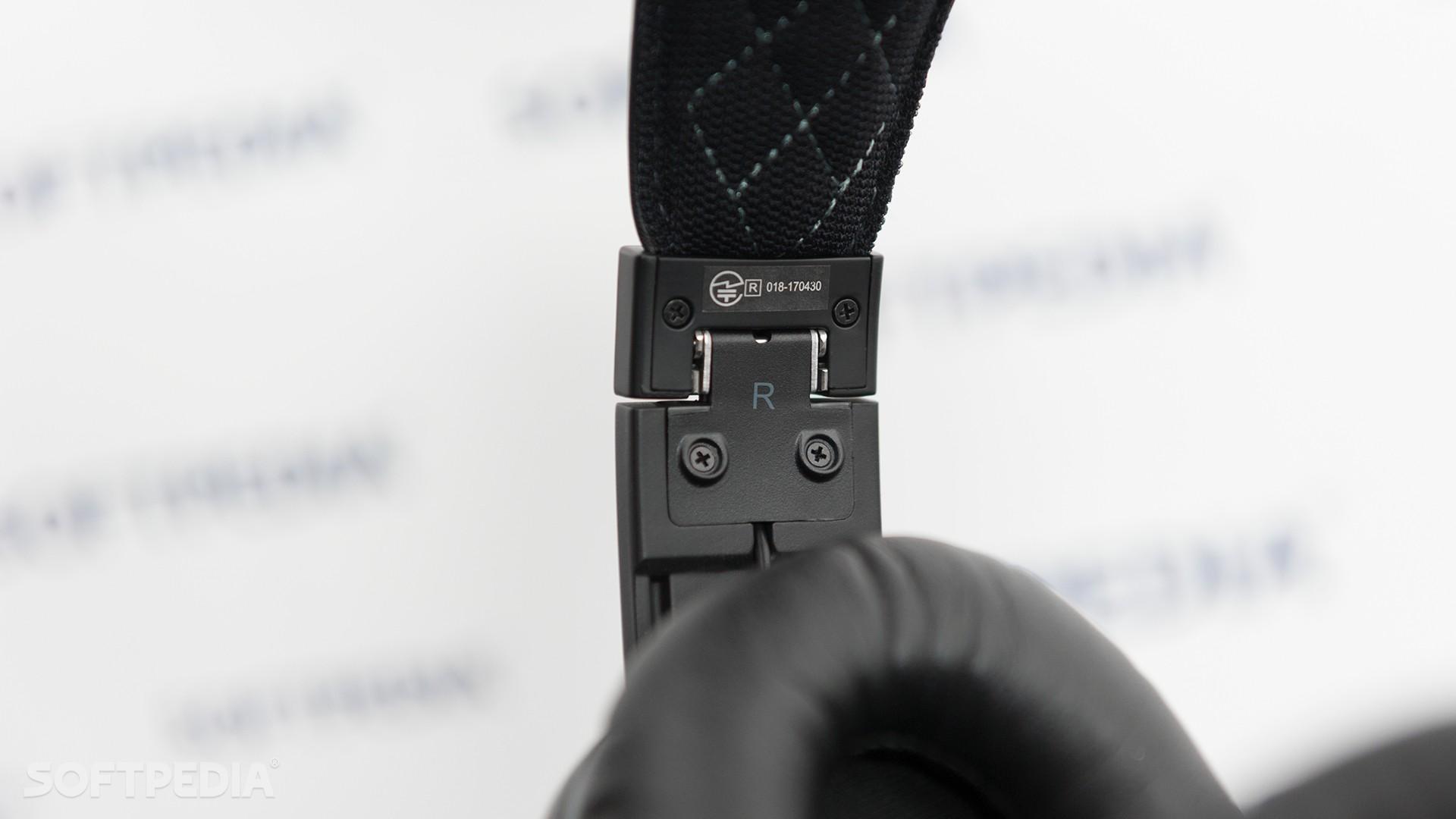 Dodocool DA158 Active Noise Canceling Bluetooth Headphones