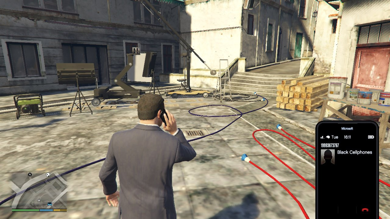 GTA V Mod Replaces Michael's iPhone with a Windows Phone