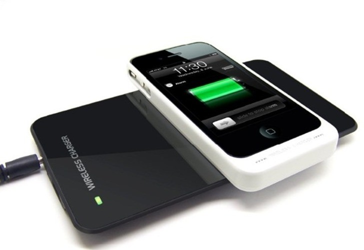 charge iphone without charger iphone 6 will charge its battery without a cable report 13780