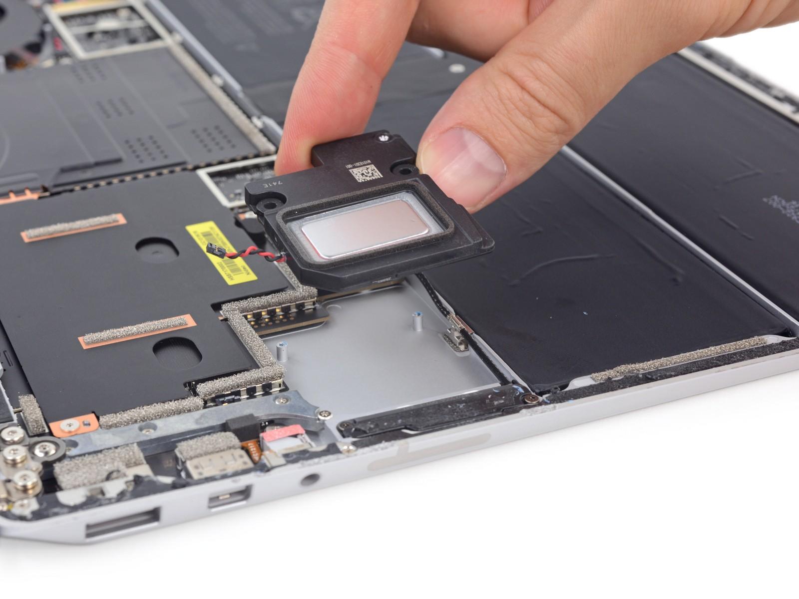 Microsoft Surface Laptop Gets 0 Repairability Score in iFixit Teardown