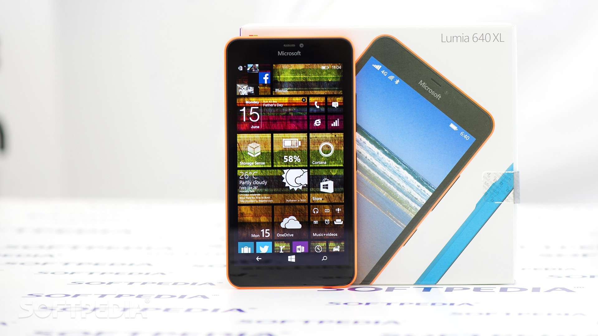 Microsoft: Windows Phone Is Dead, Users Should Move to iPhone or Android