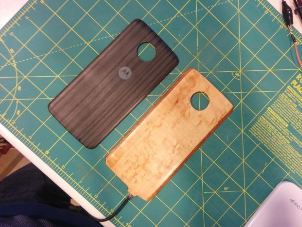 New Moto Mod to Bring Wireless Charging and IR Blaster to