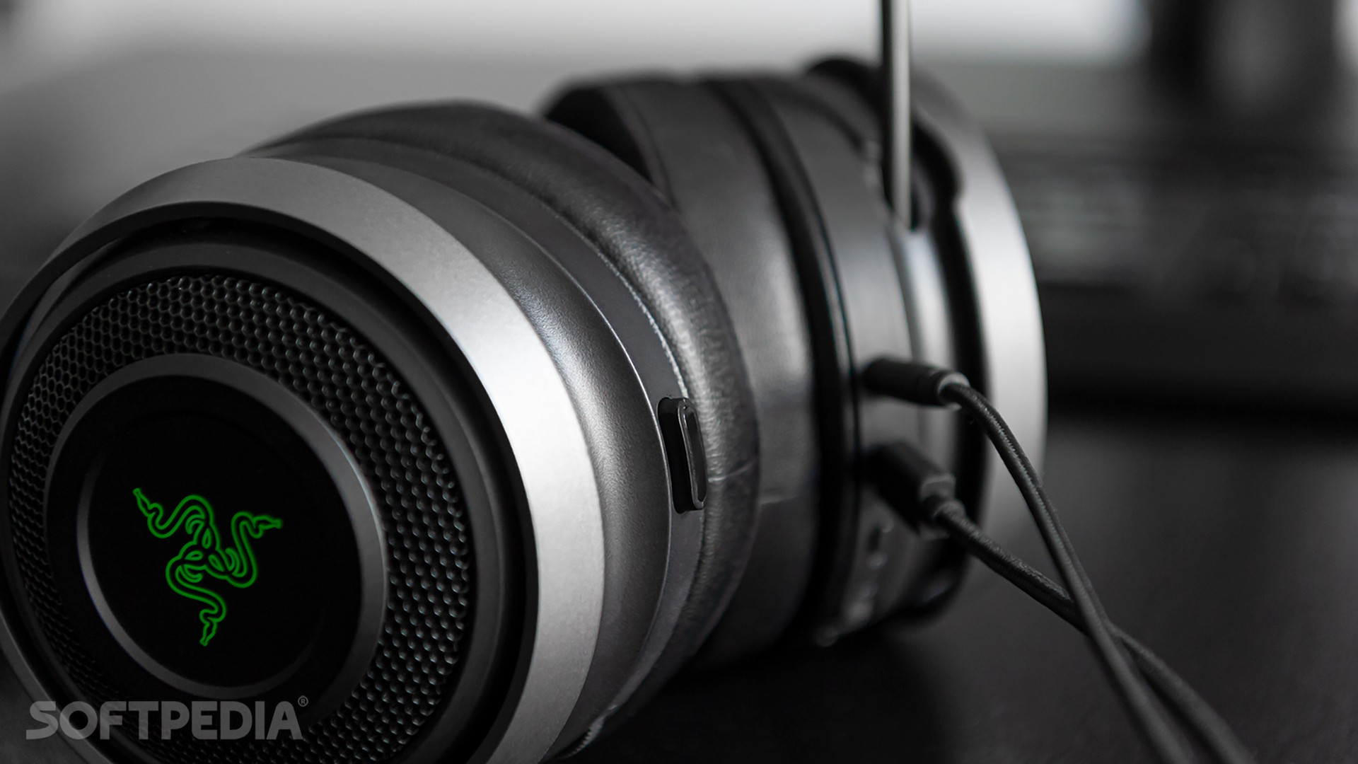 Razer Nari Ultimate Review - A Surprising and Necessary