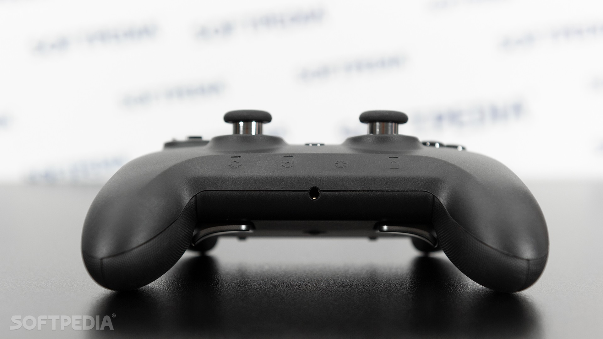 Razer Raiju Ultimate Review - A Very Different PS4 Controller