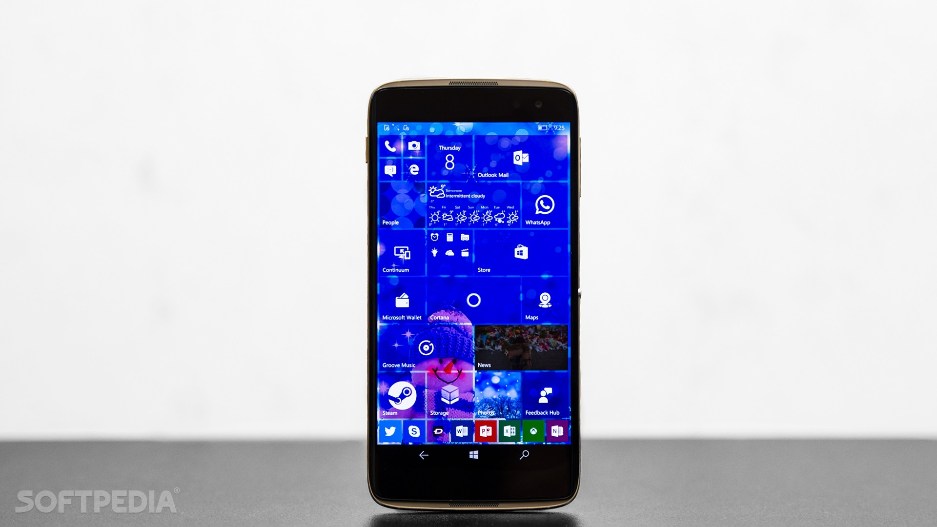 Samsung's Making the Switch from Windows 10 Mobile to