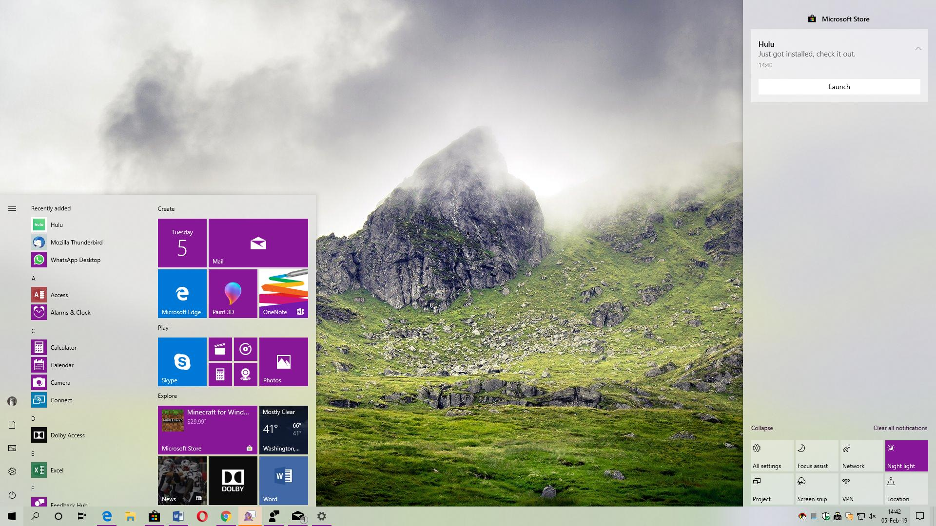 Should Microsoft Release More Themes for Windows 10?