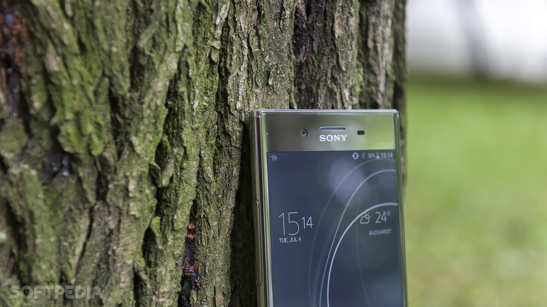 Sony Xperia XZ Premium Review - Mister Handsome