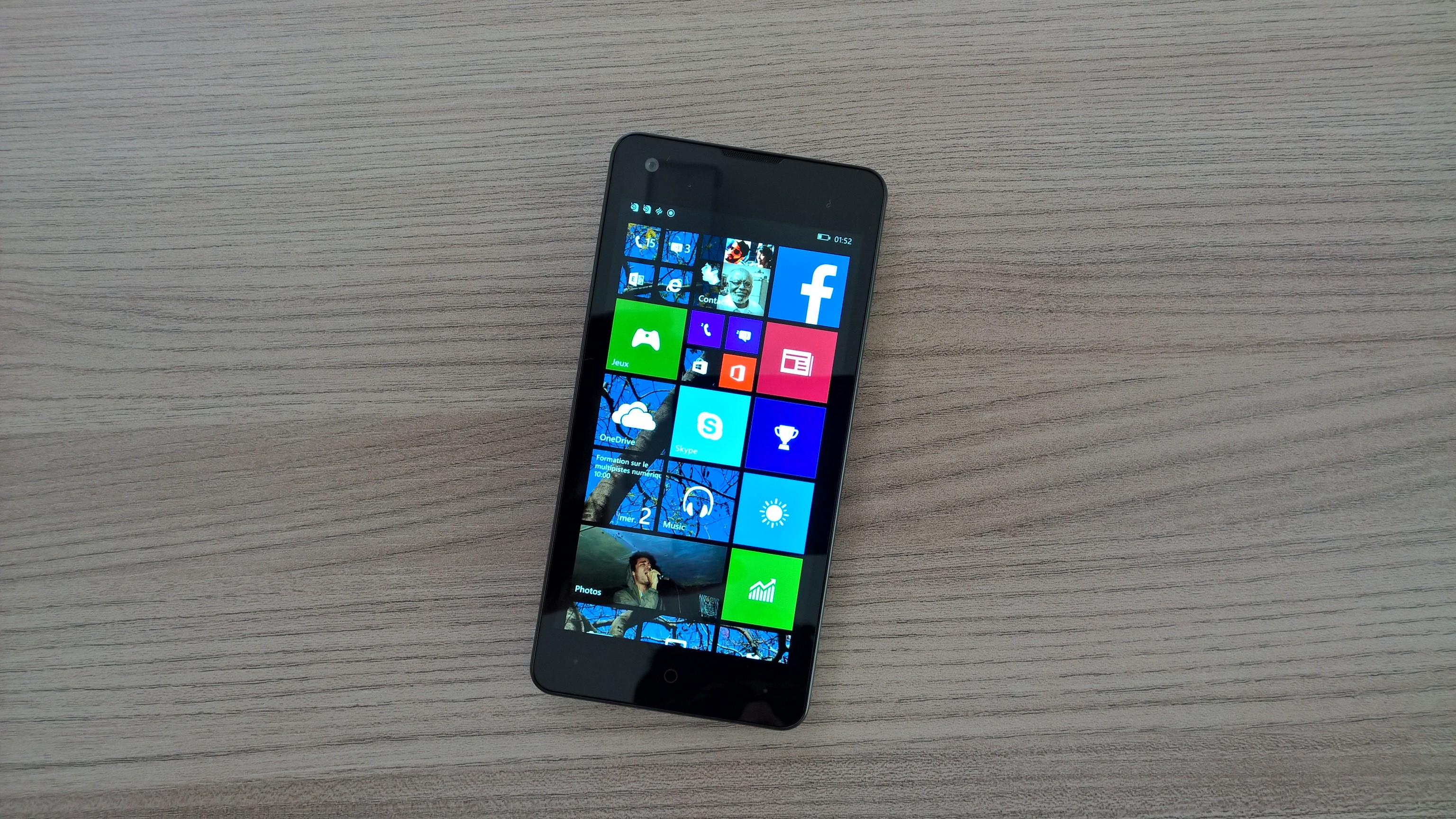 be0f5996b2f36 Yezz Confirms New Windows 10 Smartphone for Autumn